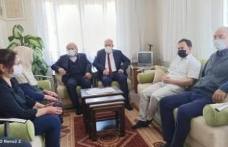 Osmaneli Belediye Başkanı Şahin şehit ailelerini ziyaret etti