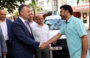 Başkan Büyükakın, Çayırova Fatih Caddesi'nde
