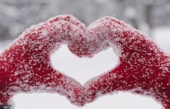 """Uzmanından """"Kar soğuğu kalp krizini tetikleyebilir"""" uyarısı"""