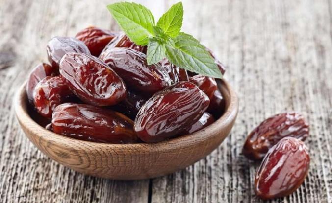 Ramazan boyunca 3 adet hurma yediğinizde bakın ne oluyor!