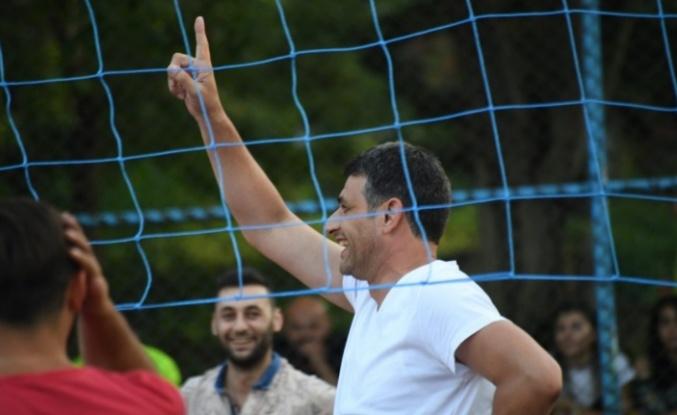 Sporcu Başkan, Kocaman
