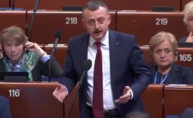 Tahir Büyükakın, Raporu reddetti, Türkiye'yi savundu