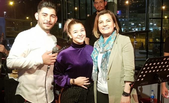 Başkan Hürriyet, Genç müzisyenlerin İlk konser heyecanını paylaştı