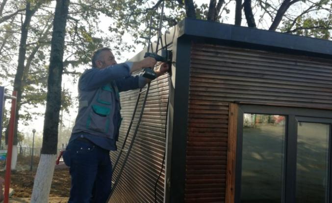 İzmit Belediyesi'nden muhtarlık hizmet binası olmayan Ambarcı Köyü'ne muhtarlık ofisi