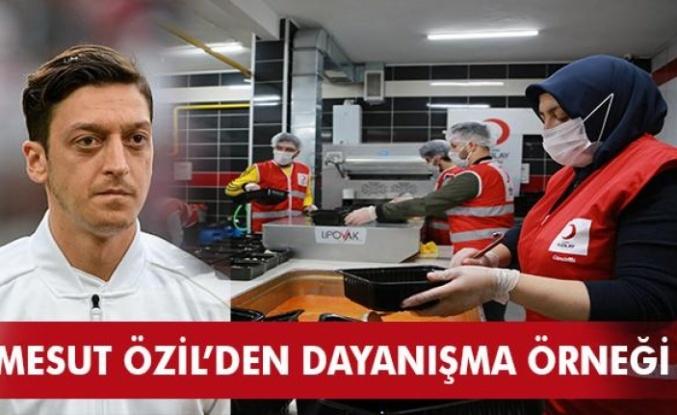 Ünlü Futbolcu Mesut Özil'den Kızılay Ramazan Kampanyasına Destek