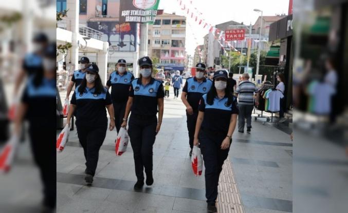 İzmit Belediyesinin kadın zabıtaları görev başında