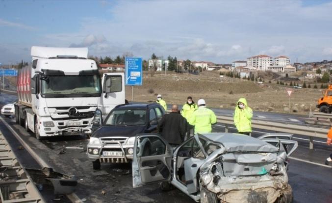Edirne'de zincirleme trafik kazası: 1 ölü