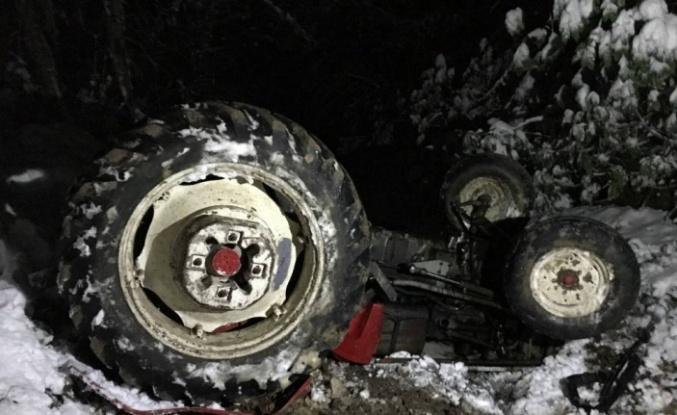 Traktör devrildi: 1 ölü, 1 yaralı