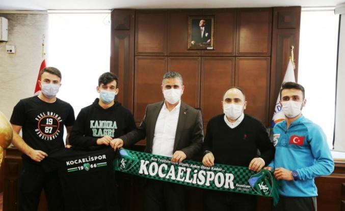 Başarılı sporculardan Kandıra Belediye Başkanı Adnan Turan'a ziyaret