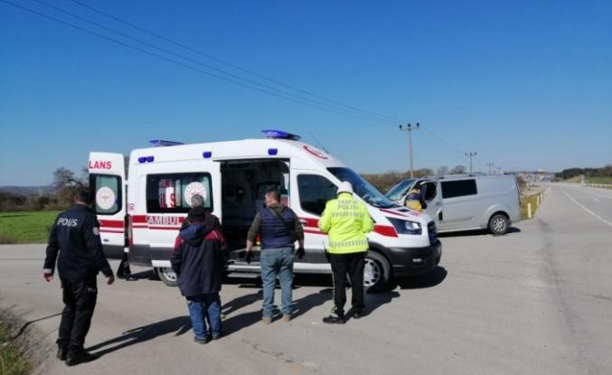 Ayvacık'ta panelvan ile kamyon çarpıştı: 1 yaralandı
