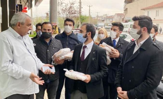 Bursa'da AK gençlerden 'iftara 5 kala' bereketi