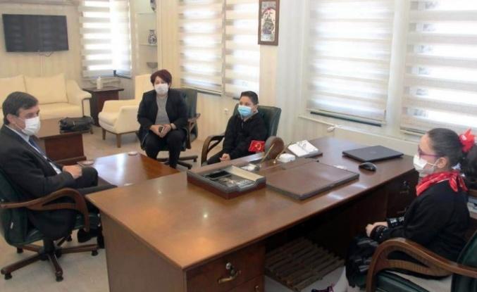 Bursa İl Milli Eğitim Müdürlüğü'ne öğrencilerden ziyaret