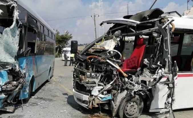 Bursa-İstanbul kara yolunda zincirleme trafik kazasında 4 kişi yaralandı