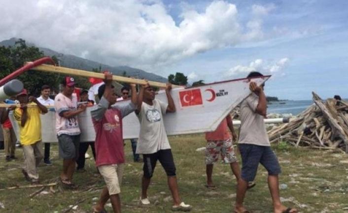 Kızılay Endonezyalı Ailelere Balıkçılığı Öğretti