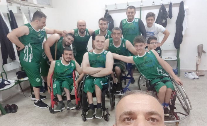 Bursa'nın engelsiz basketçileri engel tanımıyor