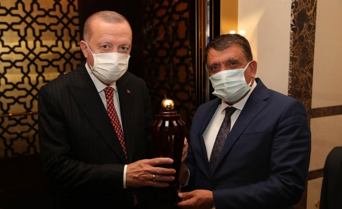 Cumhurbaşkanı Erdoğan'ı Malatya'ya davet etti