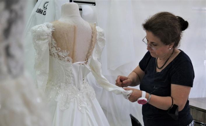 Kademeli normalleşme süreciyle başlayan düğünler, gelinlik siparişlerini artırdı