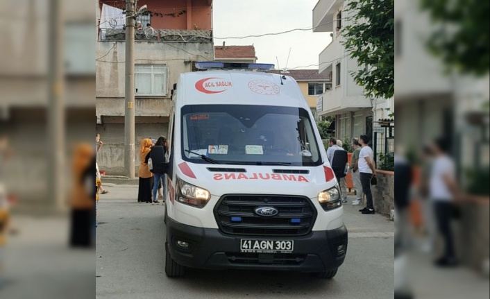 Darıca'da sinir krizi geçiren kişi evini ateşe verdikten sonra kendisini içeri kilitledi