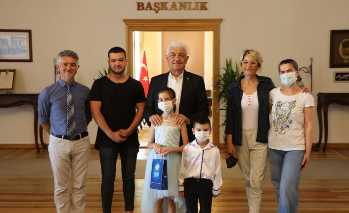 Muğla'da başarılı konservatuarlılardan Başkan'a ziyaret