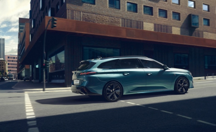 Peugeot yeni 308 SW modelini tanıttı