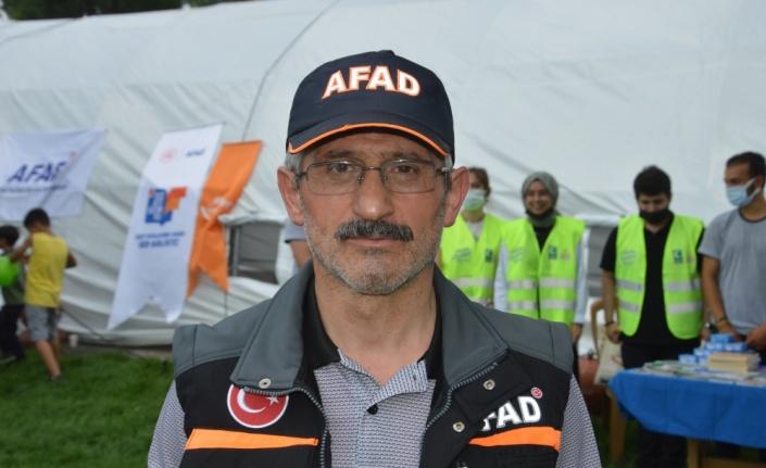 Sakarya'da AFAD ekipleri vatandaşları afetlere karşı bilinçlendiriyor
