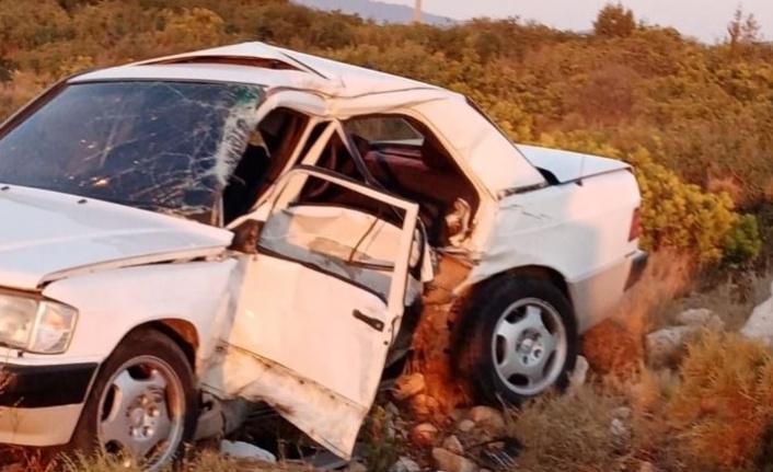 Otomobiller çarpıştı: 5 Yaralı