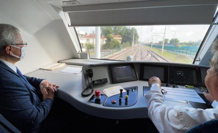 """""""Ada treni"""" yeniden hizmet vermeye başladı"""