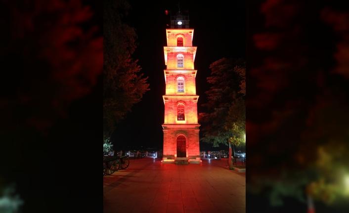 Saat Kulesi DMD hastalığı farkındalığı için aydınlatıldı