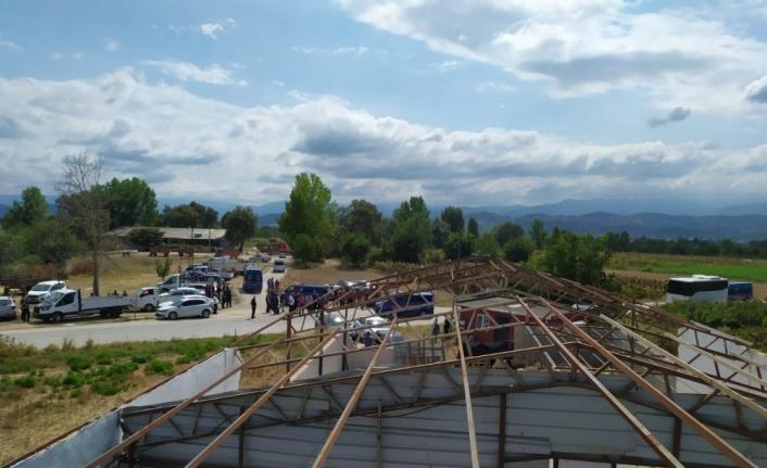 Kaçak inşa edilen fabrika binası yıkıldı