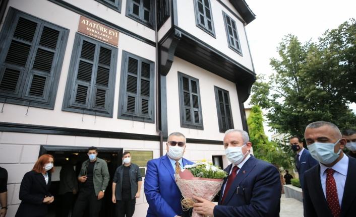 TBMM Başkanı Şentop, Kırklareli'nde muhtarlarla bir araya geldi