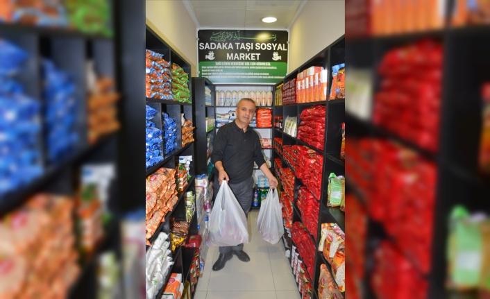 Adapazarı'ndaki Sadaka Taşı Sosyal Market 8 ayda 800 kişiye yardım ulaştırdı