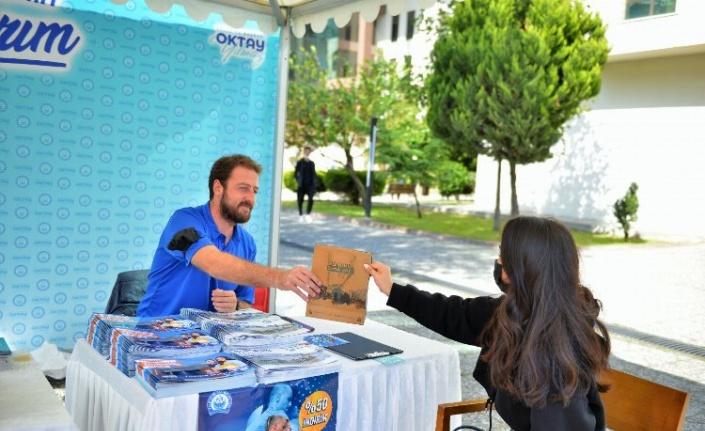 Bursa Yıldırım Belediyesi üniversiteli öğrencileri karşıladı