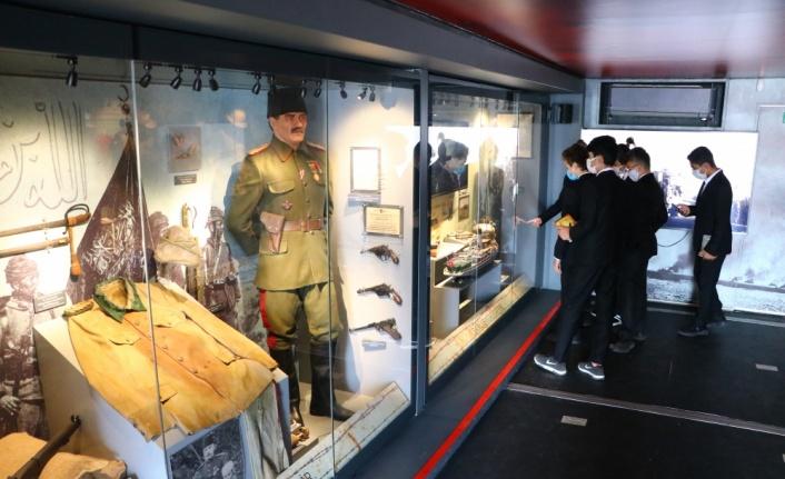 """""""Çanakkale Savaşları Mobil Müzesi"""" ziyarete açıldı"""