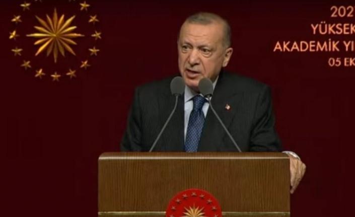 """Cumhurbaşkanı Erdoğan'dan akademik mesaj: """"Kapanma kesinlikle düşünmüyoruz"""""""