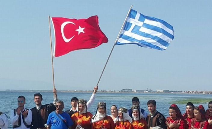 İzmir'de Türk- Yunan dostluk ve barış mesajı