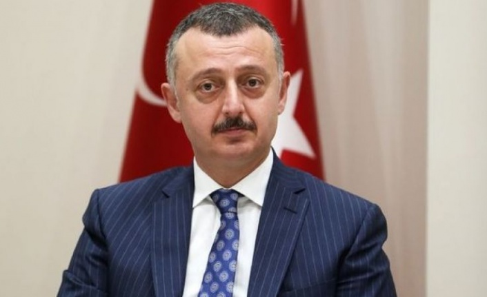 Kocaeli Büyükşehir Belediye Başkanı Tahir Büyükakın, trafik kazası geçirdi
