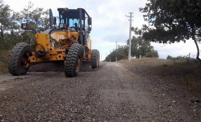 Kocaeli Büyükşehir, köy yollarını yeniliyor