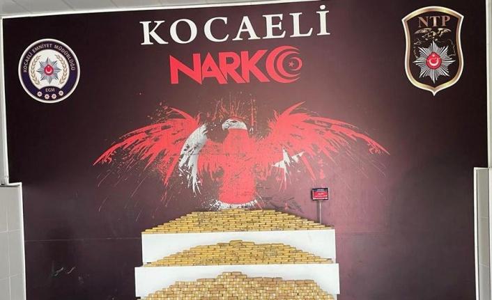 Kocaeli'deki uyuşturucu operasyonunda yakalanan 4 şüpheli tutuklandı