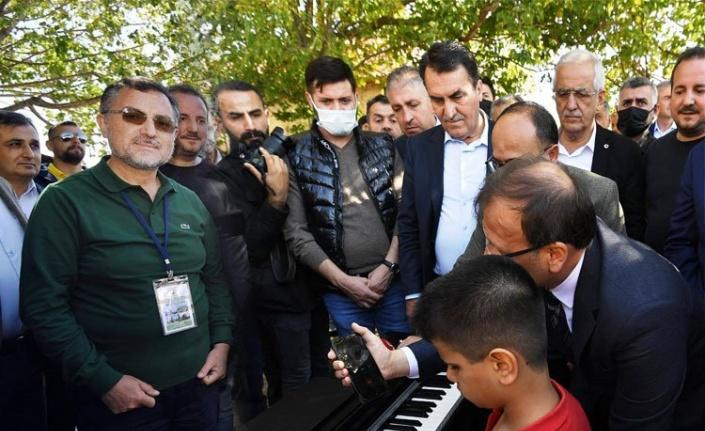 Kusursuz kulak, Cumhurbaşkanı Erdoğan için çaldı!