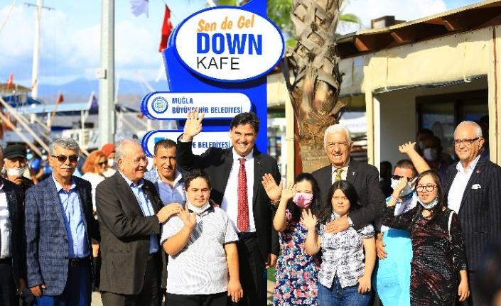 "Muğla'da ""Sen de Gel Down Kafe"""