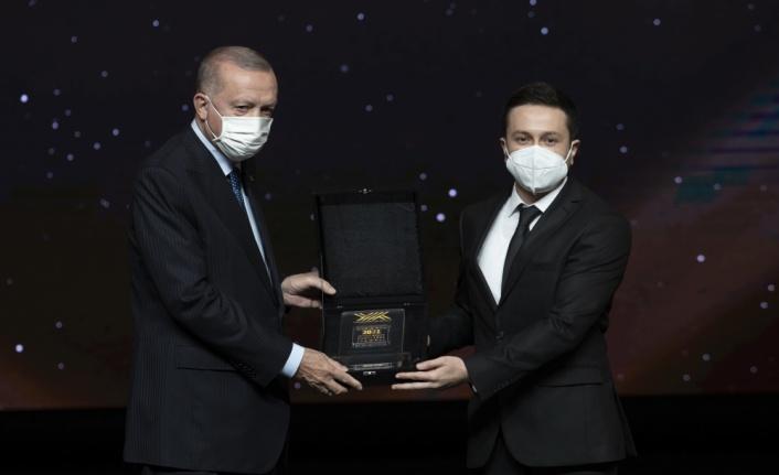 Trakya Üniversitesi Araştırma Görevlisi Akdoğan, YÖK Üstün Başarı Ödülü'nü kazandı