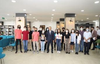 YKS'de derece yapan öğrenciler ödüllendirildi