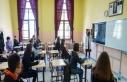 Lise öğrencilerine en sorumluluk sınav hakkı