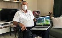 Kocaeli Büyükşehir Belediyesinden bedensel engelli muhtara dizüstü bilgisayar desteği