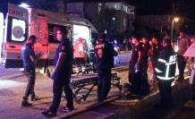 Otomobille hafif ticari araç çarpıştı: 4'ü çocuk 10 yaralı