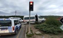Gebze'de işçi servislerinin çarpıştığı kazada 5 kişi yaralandı