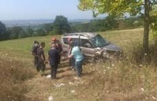 Kandıra'da  tarlaya devrilen hafif ticari aracın sürücüsü yaralandı