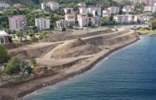 Kocaeli sahilinde Marmara Depremi'nden kalan inşaat atıkları temizleniyor