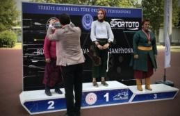Geleneksel Türk okçuluğunda Büyükler Türkiye Şampiyonası final müsabakaları yapıldı