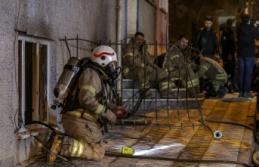 Yangında 11 kişi dumandan etkilendi